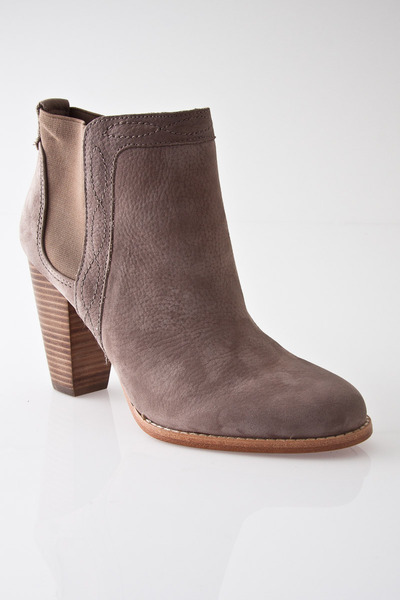 Joie Lennon Boot (in black, my fave boot)