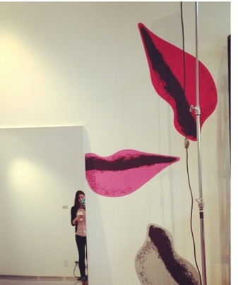 dvf...lips...red