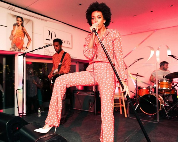 Solange-Knowles-Intermix-20th-Anniversary-Celebration-Diane-von-Furstenberg-Red-Leaf-Printed-Jumpsuit-fall-2013-2-e1369266927563