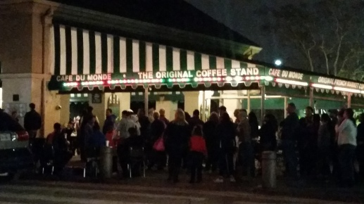 crazy line outside of Cafe du Monde