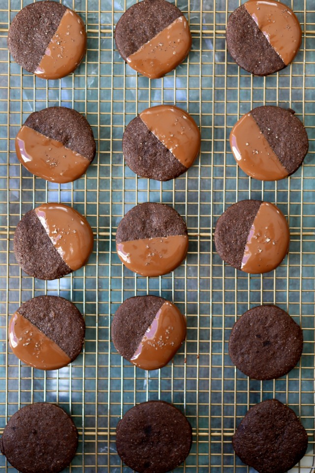 Chocolate-Dipped-Chocolate-Shortbread-6-e1454992419374